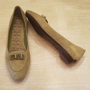 COACH Green Suede Flat Loafer Size 9